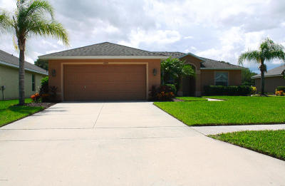 Waters Edge Single Family Home For Sale: 1823 Creekwater Boulevard