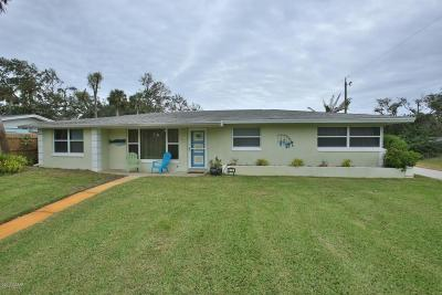 New Smyrna Beach Single Family Home For Sale: 2211 Saxon Drive