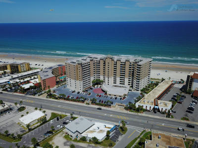Daytona Beach Shores Condo/Townhouse For Sale: 2403 S Atlantic Avenue #604