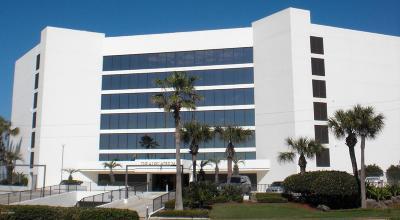 Ormond Beach Condo/Townhouse For Sale: 901 S Atlantic Avenue #207