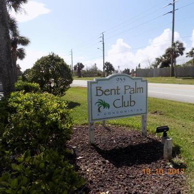 Ormond Beach Condo/Townhouse For Sale: 935 Ocean Shore Boulevard #214