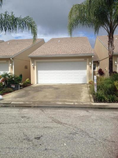 Volusia County Attached For Sale: 2201 Hawks Cove Circle