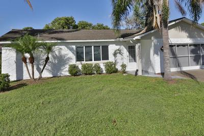 Volusia County Single Family Home For Sale: 185 Gibson Way