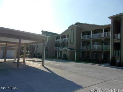 New Smyrna Beach Condo/Townhouse For Sale: 468 Bouchelle Drive #127