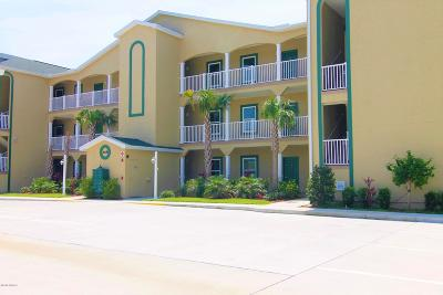 New Smyrna Beach Condo/Townhouse For Sale: 468 Bouchelle Drive #129