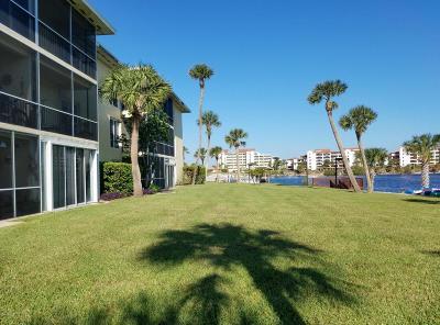 Daytona Beach Condo/Townhouse For Sale: 721 S Beach Street #303A
