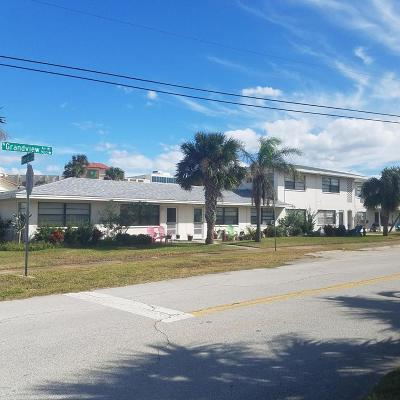 Daytona Beach Multi Family Home For Sale: 938 N Grandview Avenue