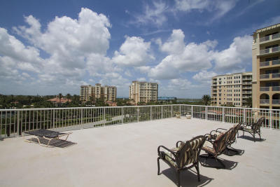 New Smyrna Beach Condo/Townhouse For Sale: 257 Minorca Beach Way #2H