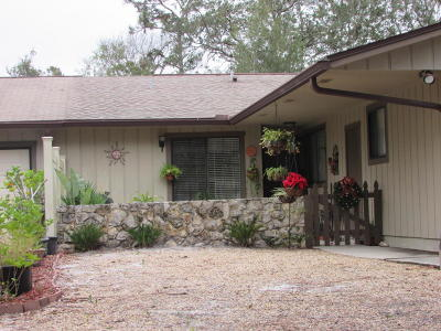 Volusia County Attached For Sale: 126 Magnolia Loop