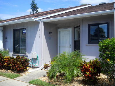 Volusia County Attached For Sale: 159 Breezeway Court