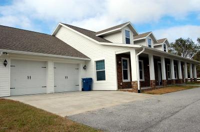 Port Orange Single Family Home For Sale: 1944 N Spruce Creek Circle