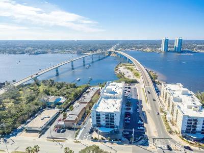 Daytona Beach Condo/Townhouse For Sale: 525 N Halifax Avenue #9