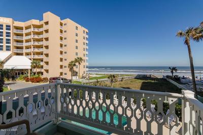New Smyrna Beach Condo/Townhouse For Sale: 423 S Atlantic Avenue #101