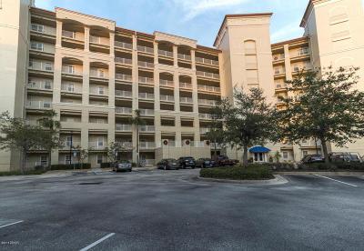 Palm Coast Condo/Townhouse For Sale: 146 Palm Coast Resort Boulevard #302