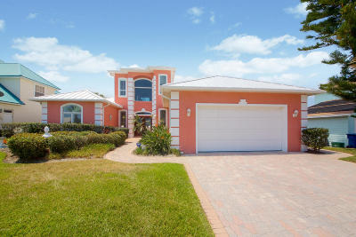 New Smyrna Beach Single Family Home For Sale: 4722 Van Kleeck Drive