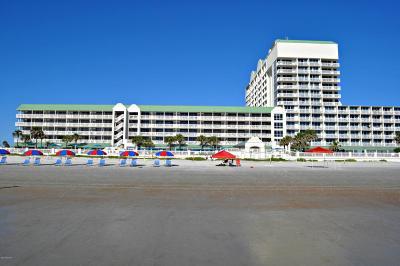 Daytona Beach Condo/Townhouse For Sale: 2700 N Atlantic Avenue #1105