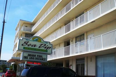 Daytona Beach Condo/Townhouse For Sale: 1233 S Atlantic Avenue #2030