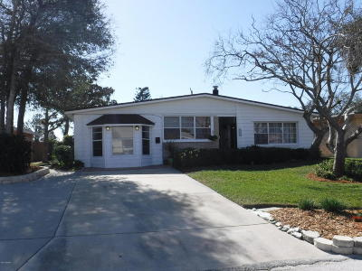 Ormond Beach Single Family Home For Sale: 204 Lynnhurst Drive