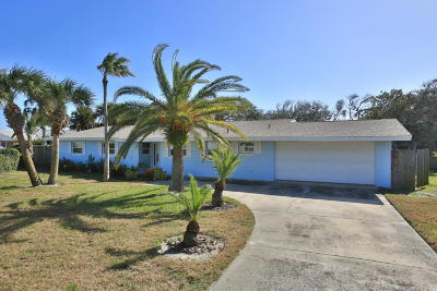 New Smyrna Beach Single Family Home For Sale: 807 E 27th Avenue