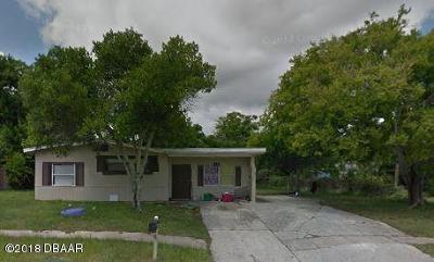Daytona Beach Single Family Home For Sale: 1142 Berkshire Road