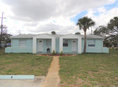 Volusia County Multi Family Home For Sale: 1 Bayberry Court