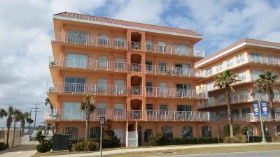 Daytona Beach Shores Condo/Townhouse For Sale: 3756 S Atlantic Avenue #104