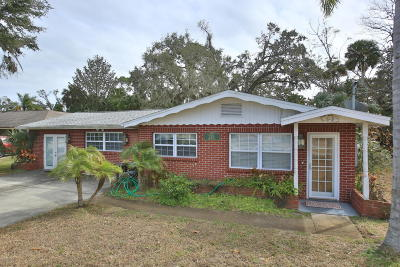 New Smyrna Beach Single Family Home For Sale: 720 Wayne Avenue