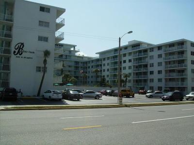 Daytona Beach Condo/Townhouse For Sale: 2727 N Atlantic Avenue #5030