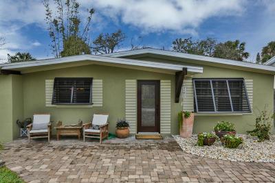 New Smyrna Beach Single Family Home For Sale: 624 S Pine Street