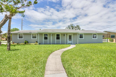 South Daytona Single Family Home For Sale: 150 Reef Road