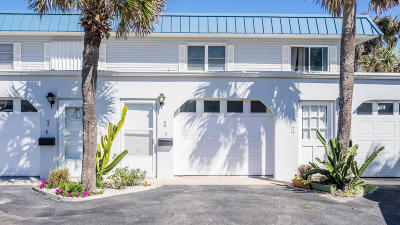 Ormond Beach Condo/Townhouse For Sale: 2750 Ocean Shore Boulevard #2
