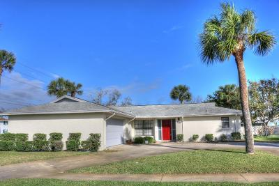 South Daytona Single Family Home For Sale: 150 Tradewinds Circle