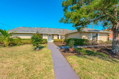 Palm Coast Single Family Home For Sale: 8 Crain Court