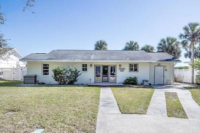 Port Orange Single Family Home For Sale: 5955 Riverside Drive