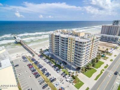 Daytona Beach Condo/Townhouse For Sale: 3703 S Atlantic Avenue #706