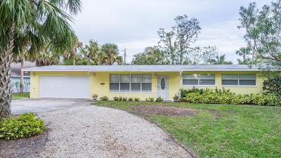 Ormond Beach Single Family Home For Sale: 1625 John Anderson Drive