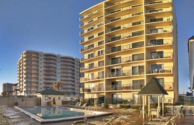 Daytona Beach Shores Condo/Townhouse For Sale: 3647 S Atlantic Avenue #8A