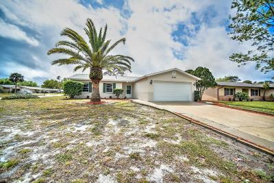 Volusia County Single Family Home For Sale: 1116 Loblolly Lane