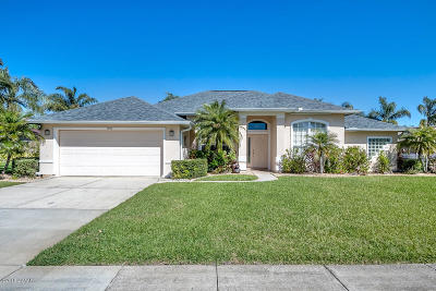 Volusia County Single Family Home For Sale: 1905 Mofid Lane