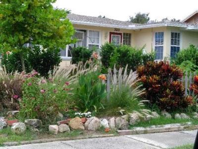 Volusia County Multi Family Home For Sale: 320 Revilo Boulevard
