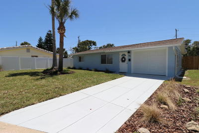 Volusia County Single Family Home For Sale: 58 Seacrest Drive