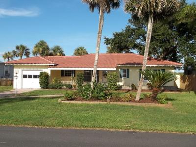 Port Orange Single Family Home For Sale: 5943 Riverside Drive