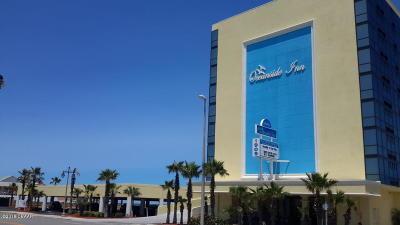 Daytona Beach Shores Condo/Townhouse For Sale: 1909 S Atlantic Avenue #102