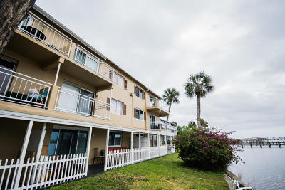 Daytona Beach Condo/Townhouse For Sale: 411 N Halifax Avenue #307