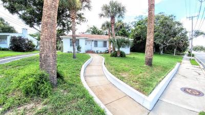Daytona Beach Single Family Home For Sale: 1436 S Peninsula Drive