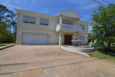 Palm Coast Single Family Home For Sale: 37 Cimmaron Drive