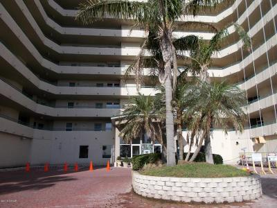 Daytona Beach Condo/Townhouse For Sale: 2055 S Atlantic Avenue #608