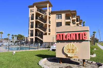 Ormond Beach Condo/Townhouse For Sale: 2390 Ocean Shore Boulevard #104