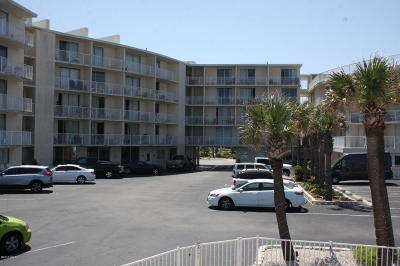 Daytona Beach Condo/Townhouse For Sale: 1233 S Atlantic Avenue #2190