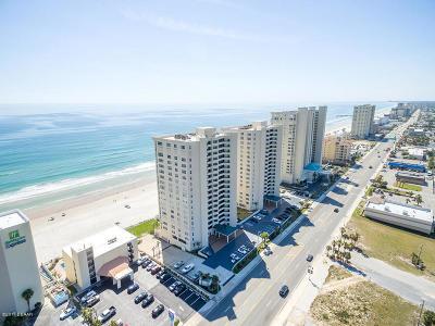 Daytona Beach Shores Condo/Townhouse For Sale: 3311 S Atlantic Avenue #304